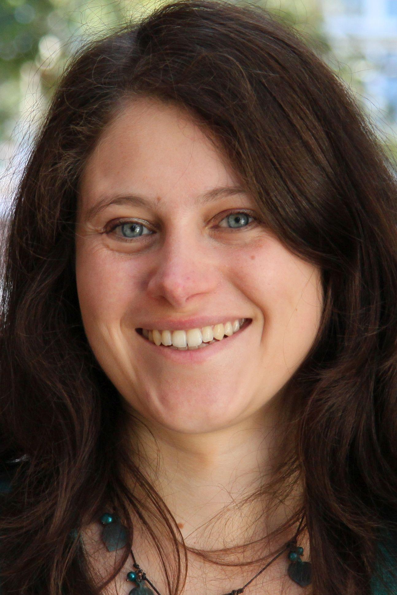 Nina Schoen